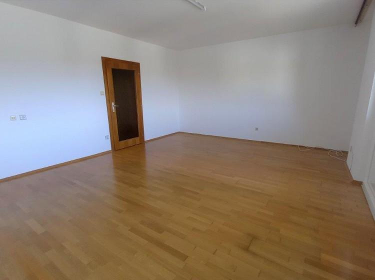 Objektbild: Gepflegte 3-Zimmer-Wohnung (2 Balkone) in ruhiger Zentrumslage