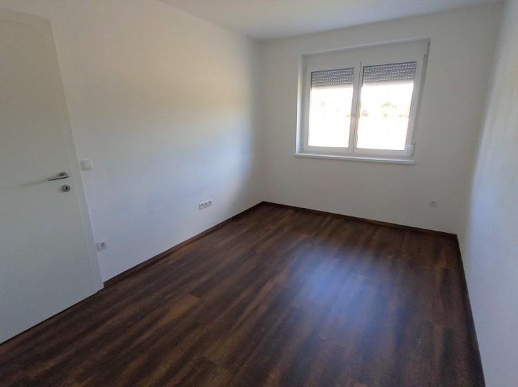 Objektbild: Gemütliche 3-Zimmer-Wohnung mit Balkon am Feldbacher Stadtrand (Gniebing)